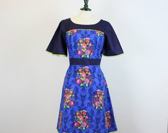 Blue folk art dress, with lace and wide sleeve. Small only left!
