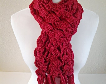 Red Crochet Scarf / Knitted Scarf / Chunky Scarf / Gift for her / Gift Ideas.