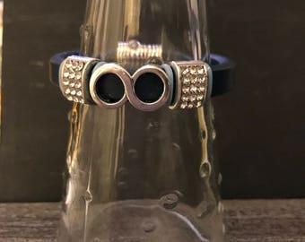 """Bracelet en cuir noir 10 x 6"""" avec curseur focale argent infini et rinestone belle accent curseurs, fermoir aimanté"""