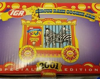 IGA circus Daze, Cookie jar, 2001 zebra and giraffe, Hometown kids, IGA, mint in box, excellent, Cookie, advertising, cookie jar, MiB