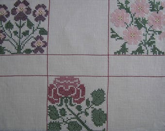 Embroidery red flowers