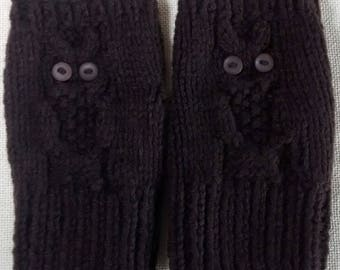 Owl Fingerless Gloves Handknitted in rich brown Aran yarn