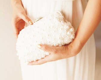 Chiffon Pearls Beaded Ivory Bridal Clutch Bag - Hand Beaded Wedding Prom Pageant Evening Clutch Formal Purse Bouquet Clutch