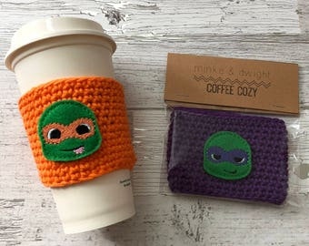Turtle Cup Cozy, Crochet Coffee Cozy, Coffee Sleeve, Drink Sleeve, Gift for him, Teacher Gift, Gift under 10, Party Favor