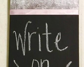 Repurposed Fan Blade // Chalkboard Sign // Grocery List // Reminder Notes // Photo Holder