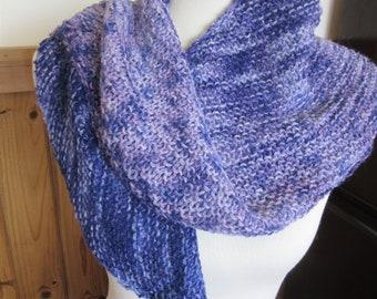 Handgestrickte Alpaka-Boomerang-Schal aus Farbverlauf Alpakagarn gefärbt