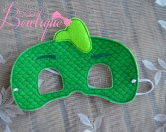 Gecko inspirted ADULT size mask