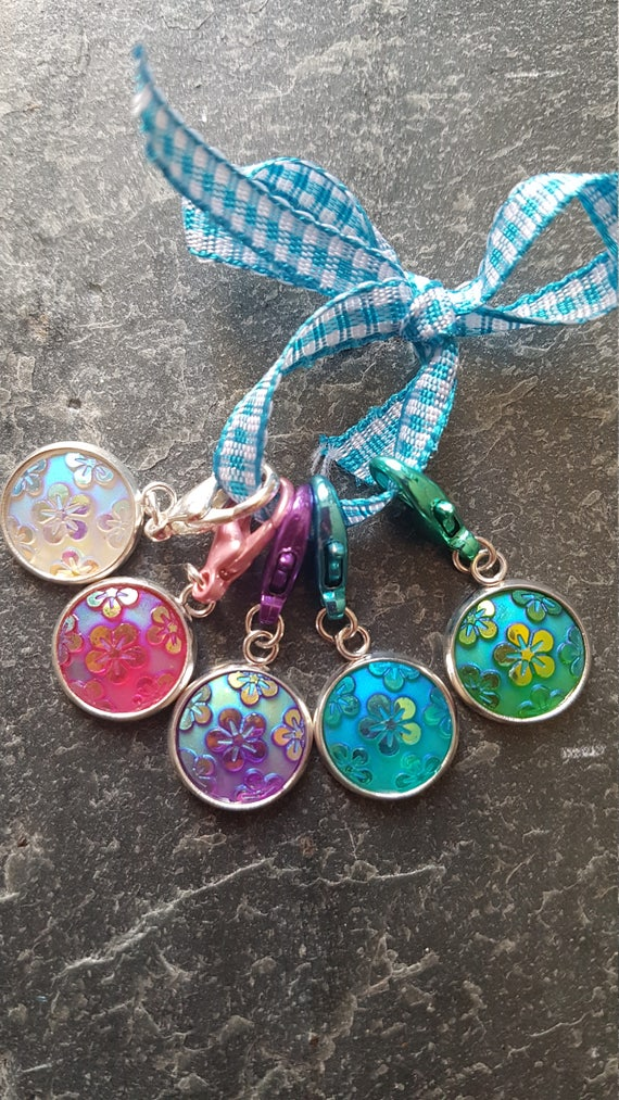 Shimmering Flowers Crochet Stitch Markers