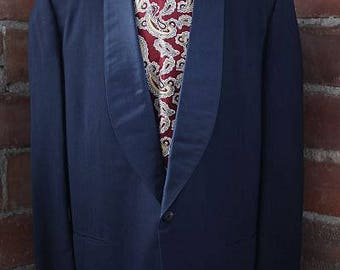1950s midnight blue dinner suit, larger size