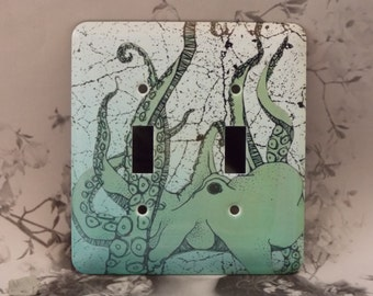 Metal Octopus Light Switch Cover - Green Octopus Under Water - 2T Double Toggle