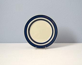 One Vintage Ulla Procope Arabia Anemone Salad Plate
