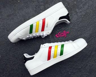 adidas superstar rasta white