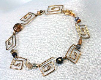 Handcrafted Paperclip Square Spiral Bracelet