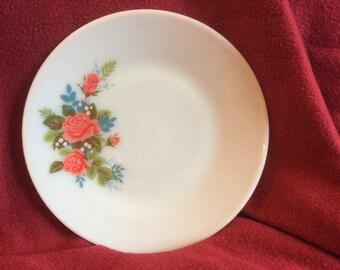 """Pyrex JAJ Cottage Rose Salad Plate 8.5"""""""