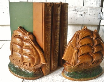 Vintage bookends nautical sailing ships schooners faux wood Syroco/ free shipping US