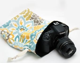 DSLR Camera Bag - Camera Bags for Women - Camera Accessories - Padded Camera Bag - Nikon Bag - Photographer Gift - Sassy Sack - Refresh