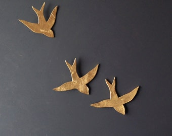 We fly together 3D Painting Gold porcelain wall art swallows Ceramic sculpture Gold birds Bathroom kitchen bedroom art Original Artwork