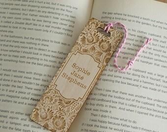 Persoanlised wooden bookmark. Vintage floral flower design laser engraved add your name L174 Book lover gift