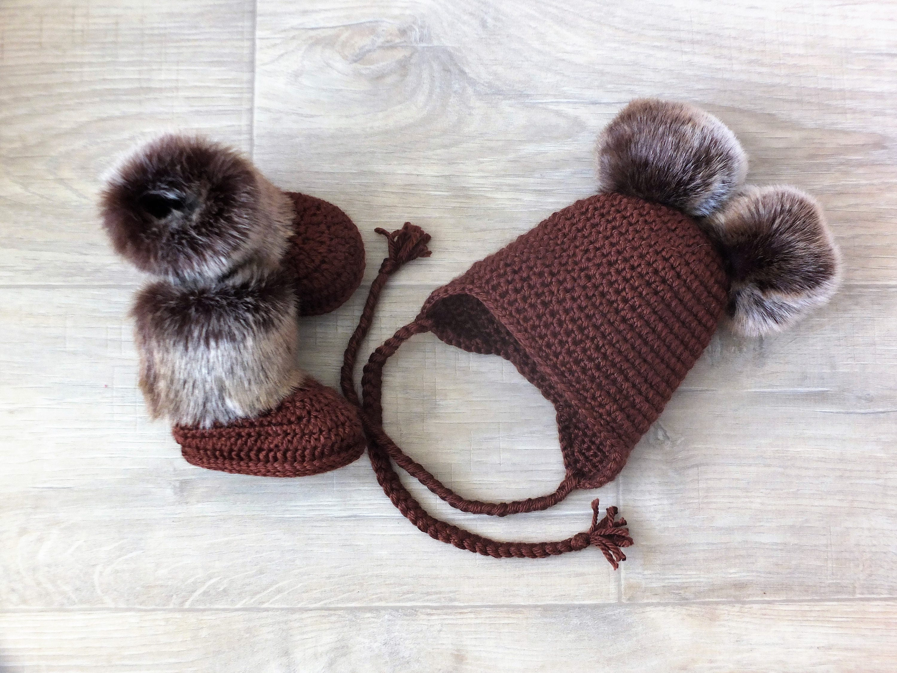 Brown Double pom pom hat and booties set Crochet baby clothes