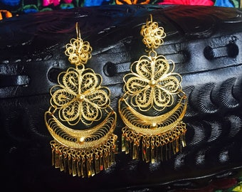 Vintage Mexican 1970's style filigree earrings from Oaxaca Mexico!