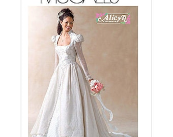 Misses/Petite Lined Bridal Gown - McCall's M4713 Alicyn Exclusive Size FF (16-18-20-22)
