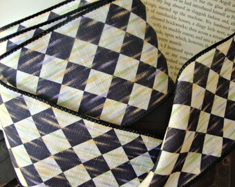 Antiqued Black and White Harlequin Diamond Ribbon