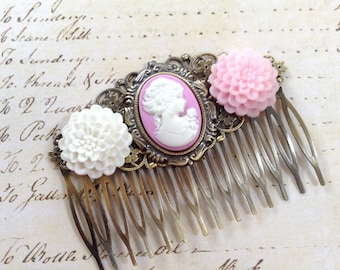 Pretty Mum And Cameo Hair Comb