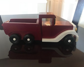 Antique Style Pickup Truck