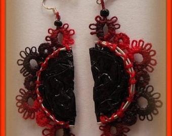 Earrings / red/black/handmade jewelry /dentelle jewelry/tatting lace/Earrings by hand