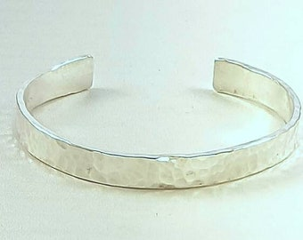 CF400 - Sterling silver hammered cuff bracelet
