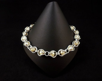 Chainmaille Captive Beads Bracelet with Swarovski® Elements Pearls - Ivory - Chainmail Jewellery