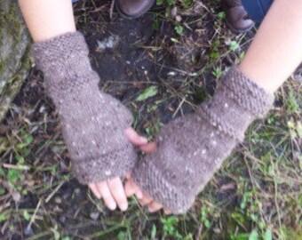 Outlander Brown Knit Fingerless Gloves - Brown Handmade Fingerless Glove - Wrist Warmers - Arm Warmers - Mittens  -