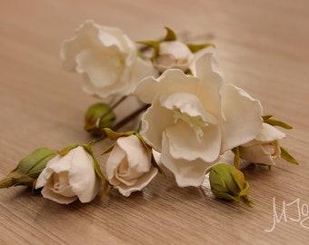 Set of hairpins, tender wedding flowers, floral hair accessoires