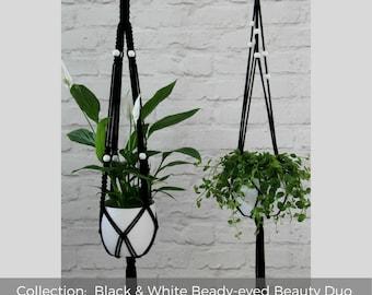 Plant hanger | Macrame plant holder | Black and white | Housewarming gift | Breathing Nature | Apartment décor | Kitchen decor