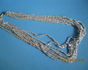 Jewelry Vintage Sara Coventry silvery cascade chain necklace.