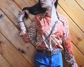 1970s Novelty Print Polyester Button Down