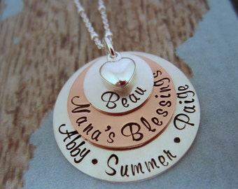 Mothers Day Gift for Grandma, Grandmother Necklace, Necklace with Names, Nana Jewelry, Grandma Necklace, Nana Necklace, Grandma Jewelry
