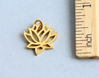 Lotus Charm, 24K Gold Plated Sterling Silver Lotus Charm, Gold Lotus Charm, Gold Plated Yoga Charm, Lotus Flower Charm, 19mm ( 1 piece )