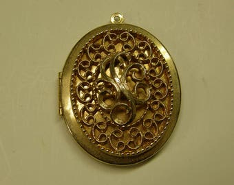 Vintage Costume Filigree Locket Brooch