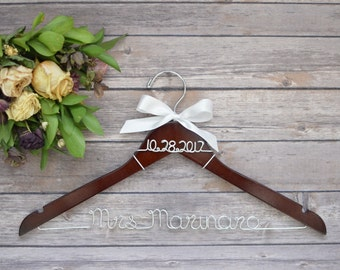 Wedding Hanger, Wedding Dress Hanger, Personalized Wedding Hanger, Bridal Hanger, Bride Hanger, Bride Name Hanger, Custom Bride Hanger