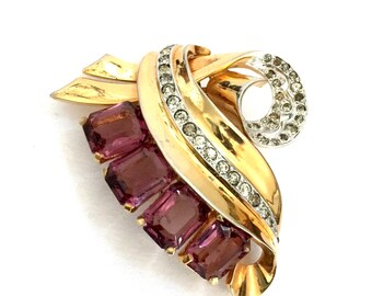 Art Deco Style Mazer Dress Clip, Emerald Cut Amethyst Rhinestones, Pave Set Ice Crystals, Polished Gold Tone, Vintage 1940's Designer Signed