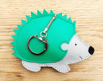 Hedgehog Hedgehog woman leather bag Green leather keychain