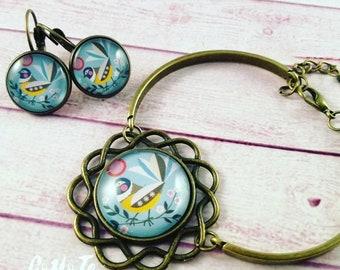 Set earrings and bracelet, cameo birds, folk, cabochon glass, vintage