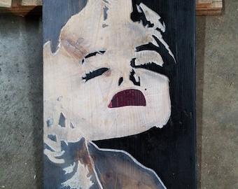 Marilyn Monroe carved art