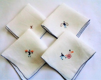 Vintage Embroidered Linen Handkerchirfs, Set of 4 Embroidered Hankies, Gift for Mom, Gift for Friend, Gift for Father, Gift for Dad