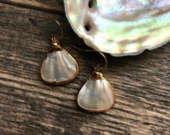 Pearl Earrings,Pearl Earrings Gold,Gold Pearl Earrings,Wedding Earrings,Bridal Jewelr,Bridal Earrings,Gold Edged Pearl Earrings
