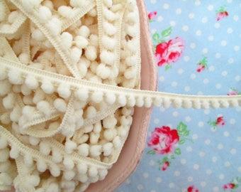 Baby Pom Pom Trim - Vanilla Cream - 1/4 inch Ball Fringe - 3 Yards