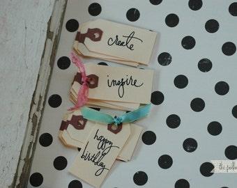 10 CREATE mini gift tags