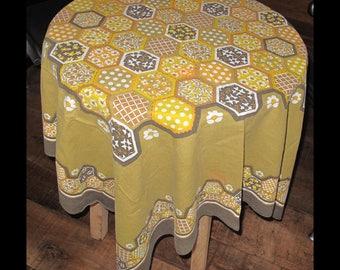 Vintage printed tablecloth, 60's hexagonal print