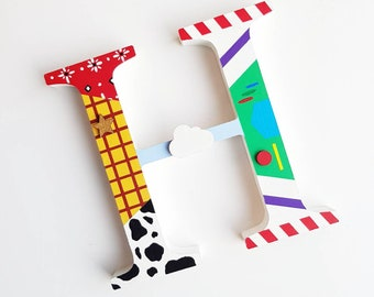 Disney Toy Story hand decorated 15cm wooden initial letter Nursery decor kids Bedroom children Buzz Lightyear Woody Ornament